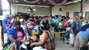 Families with limited resources love to shop the Gran Bazar.