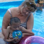 Jose (front) enjoys the pool with Hettie.