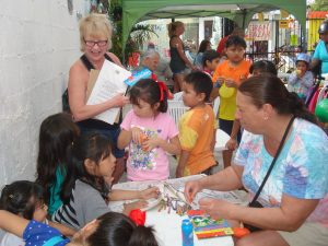 Volunteers made the Gran Bazar a fun experience for kids.